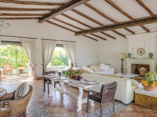 7 bedroom Villa in Villa Santa Lucia, Latium, Italy : ref 5523378