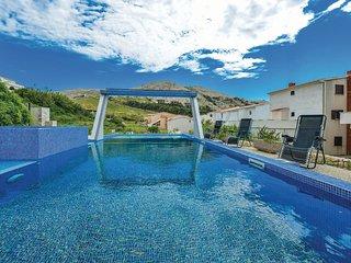 14 bedroom Villa in Metajna, Licko-Senjska Zupanija, Croatia : ref 5521544
