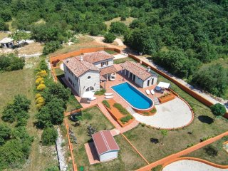 4 bedroom Villa in Cabrunici, Istria, Croatia : ref 5520490