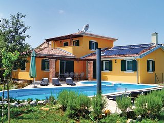 4 bedroom Villa in Rezanci, Istria, Croatia : ref 5520398
