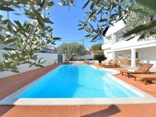 6 bedroom Villa in Grgomicic, Zadarska Zupanija, Croatia : ref 5519768