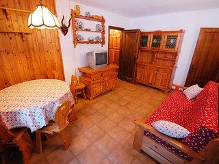 2 bedroom Apartment in Cercenà, Trentino-Alto Adige, Italy : ref 5519581