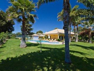 2 bedroom Villa in Almancil, Faro, Portugal : ref 5519533