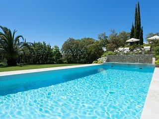 5 bedroom Villa in Beauvallon, Provence-Alpes-Cote d'Azur, France - 5513068