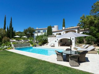 5 bedroom Villa in Beauvallon, Provence-Alpes-Côte d'Azur, France - 5513068