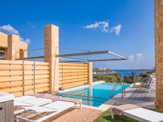 3 bedroom Villa in Loutraki, Crete, Greece : ref 5512935