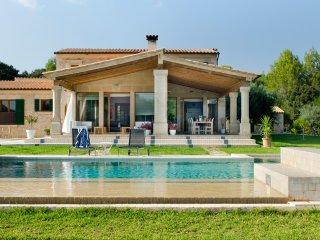 4 bedroom Villa in Pollenca, Balearic Islands, Spain : ref 5512929