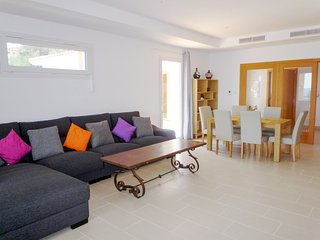 Binibequer Vell Villa Sleeps 6 with Pool and Air Con - 5512030