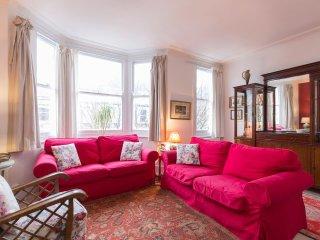 Elegant family house in Battersea