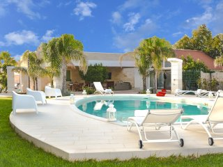 4 bedroom Villa in Pantanagianni-Pezze Morelli, Apulia, Italy : ref 5490191