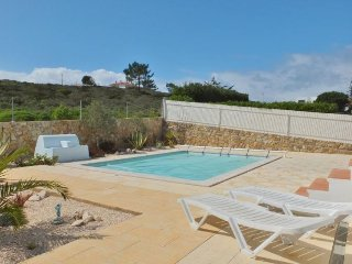 3 Bed, detached Villa with Pool in Espartal (Monte Clerigo), Aljezur
