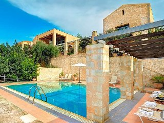 Gavalokhorion Villa Sleeps 10 with Air Con and WiFi - 5433314