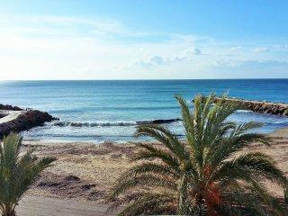 Casa sulla spiaggia e sulla piazza di Selinunte