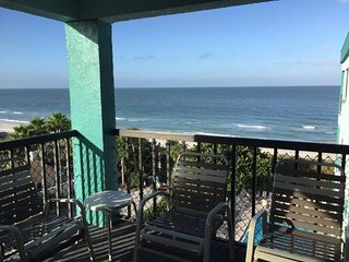 Large Remodeled Gulf Coast Beachfront Condo for Wk 28 July 14-21