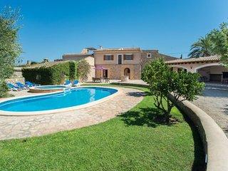 4 bedroom Villa in Cala d'Or, Balearic Islands, Spain : ref 5251828