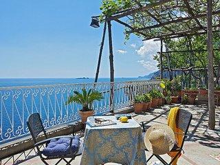 Positano Villa Sleeps 2 with Air Con and WiFi - 5228683
