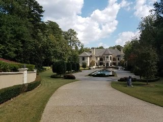 Luxury Master Suite in a Gated Buckhead Mansion