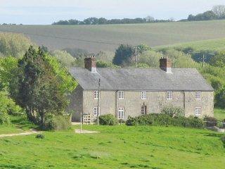 Hedgerow Cottage - Berryl Farm Cottages