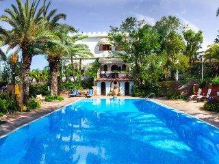 7 bedroom Villa in Chianchitta-Trappitello, Sicily, Italy : ref 5218443