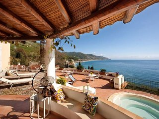 4 bedroom Villa in Taormina, Sicily, Italy : ref 5218170