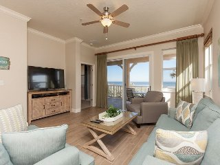 Designer Remodeled Direct Oceanfront Corner Unit 525!! A Must Stay!!