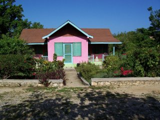 Summerset Resi. Negril - 2 BR , 1 Bath and Kitchen