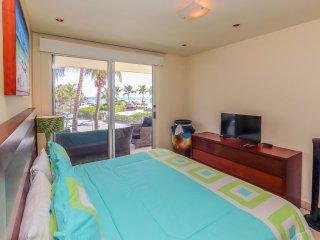 Master Suite with King Bed, Ocean View, TV and En Suite Bathroom