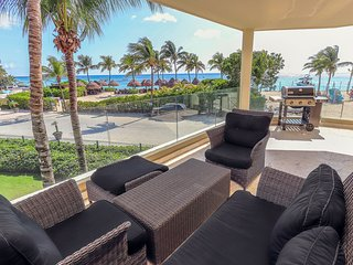 Stunning Killer View Beachfront Retreat - Castillo