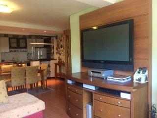 Apartamento Linda Vista , Aconchegante e com 02 dormitorios.