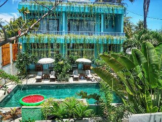 Private three bedroom villa with pool on Gili Trawangan.