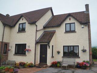 41906 Cottage in Bishops Lydea