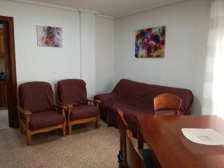 'CASA RAFAEL' apartamento vacacional en el mismo centro del pueblo de Santa Pola