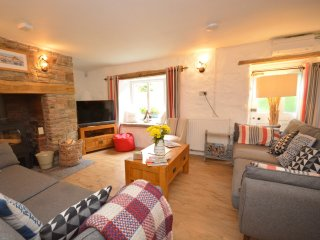 46037 House in Combe Martin