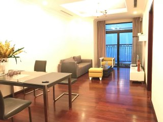 Luxury apartment for rent- Vincom Royal R1A- Hanoi