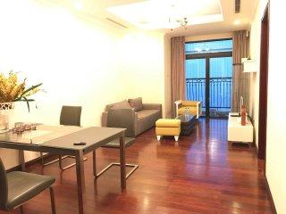 Luxury apartment for rent- Vincom Royal R1A- Hanoi
