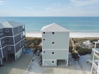 Gulf front! Private Pool! Elevator!  Sleeps 10!