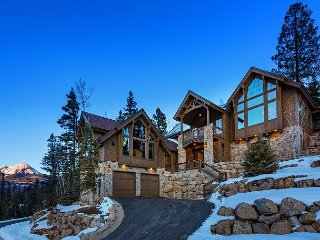 Brand New Luxury Custom Home - Amazing Views, Game Room, Hot Tub