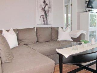2 bedroom Villa in Ängenäs, Västra Götaland, Sweden : ref 5568180