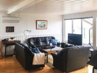6 bedroom Villa in Ramsvik, Västra Götaland, Sweden : ref 5567900