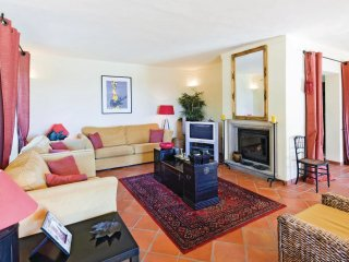4 bedroom Villa in Cerro do Mocho, Faro, Portugal : ref 5567503