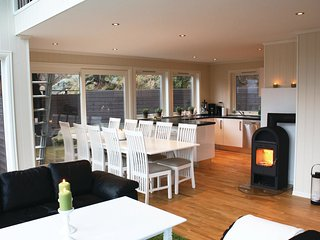 4 bedroom Villa in Flatstad, Vest-Agder Fylke, Norway : ref 5567443