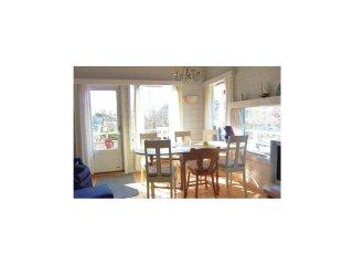 2 bedroom Villa in Lyngsvåg, Vest-Agder Fylke, Norway : ref 5567449