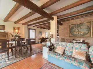 3 bedroom Villa in Case Noaje, Veneto, Italy : ref 5567003