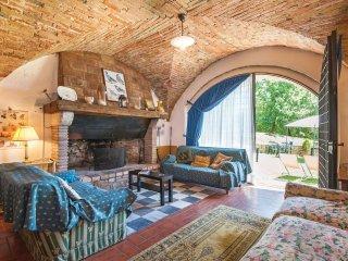6 bedroom Villa in Toscella, Umbria, Italy : ref 5566971