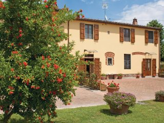 4 bedroom Villa in Volta, Tuscany, Italy : ref 5566937
