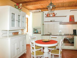 2 bedroom Apartment in Ceserano, Tuscany, Italy : ref 5566874