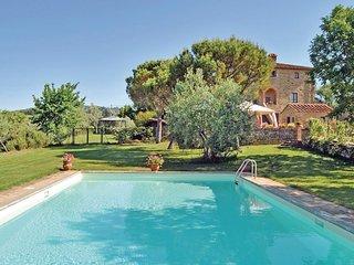 2 bedroom Apartment in Muciafora, Tuscany, Italy : ref 5566811