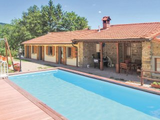 6 bedroom Villa in Valagnesi, Tuscany, Italy - 5566796