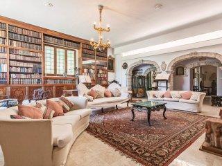 9 bedroom Villa in Contrada Croce, Sicily, Italy : ref 5566756