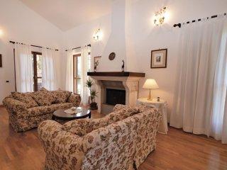 4 bedroom Villa in Ferruti, Latium, Italy : ref 5566691